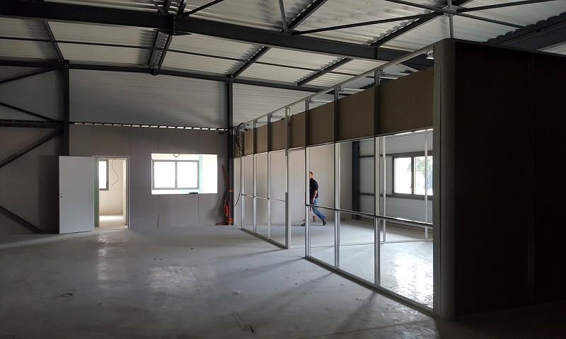 Location entreprise - Finistere (29) - 410.0 m²