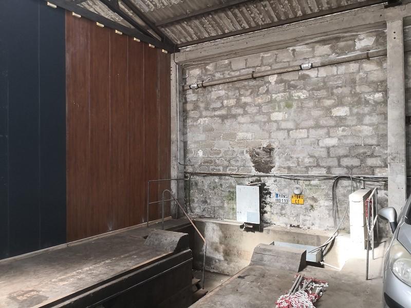 Entrepôt à louer - 200.0 m2 - 29 - Finistere